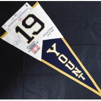 Robin Yount Milwaukee Brewers Signed 1999 HOF LE Pennant JSA Authenticated