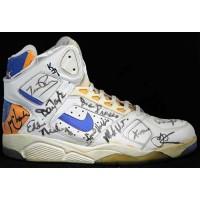 Phoenix Suns 1990-91 Team Signed Used Shoe JSA Authenticated