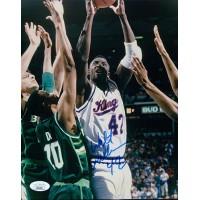 Walt Williams Sacramento Kings Signed 8x10 Glossy Photo JSA Authenticated