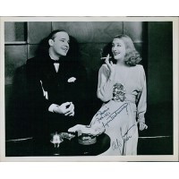 Alfred Lunt and Lynn Fontanne Signed 8x10 Glossy Photo JSA Authenticated