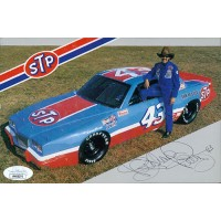 Richard Petty NASCAR Driver Signed 5x7.5 Promo Racing Card JSA Authenticated